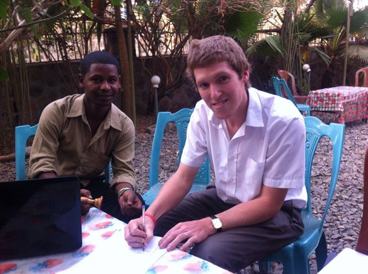 Link Ethiopia & Nisir put pen to paper to promote education!